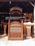 Mimbar Khutbah Masjid Ukiran Kaligrafi